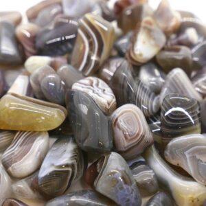 Agate Botswana Banded Tumbled 2-4g_2