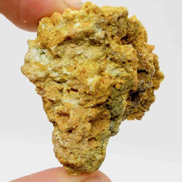 Wulfenite crystal specimen 40g 4cm 2