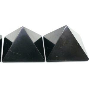 Shungite Pyramid Classic 3cm 1