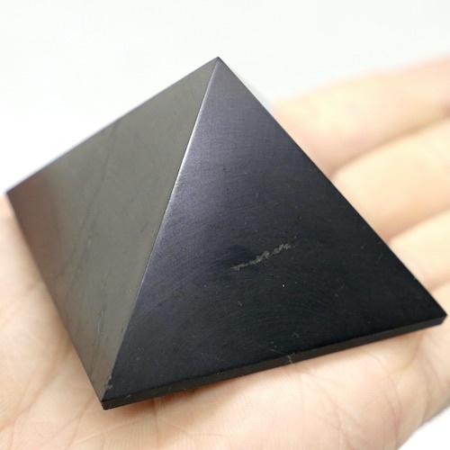 Shungite Pyramid Classic 5cm 3