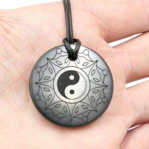 Shungite pendant Yin Yang 3