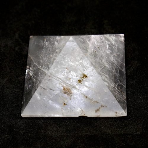 Quartz_Pyramid_124g 3